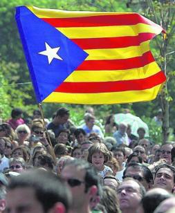 Y. CARDO La «estelada» es el principal referente del independentismo